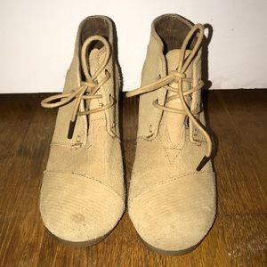 TOMS Tan Corduroy Wedges